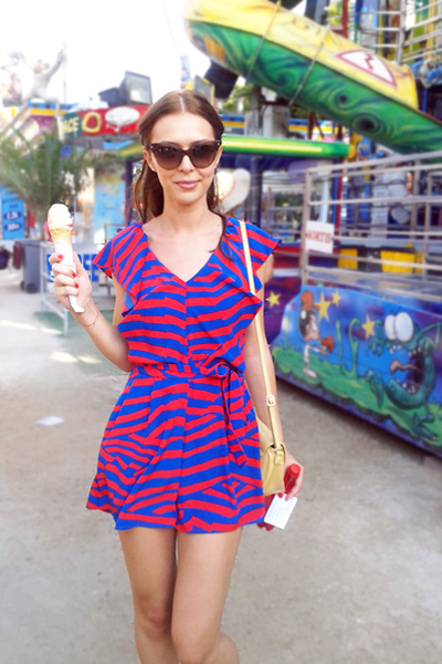 street-style-robe-bicolore-imprime-ete