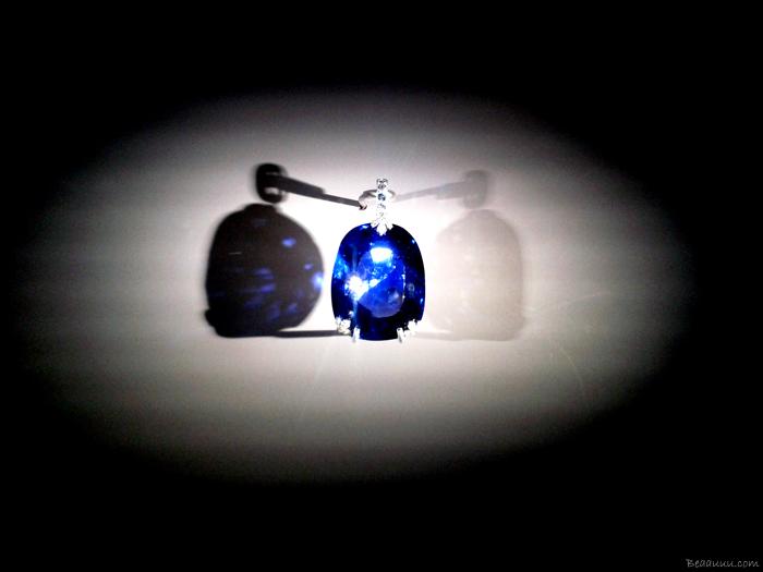 saphir-de-la-reine-marie-de-roumanie-378-carats