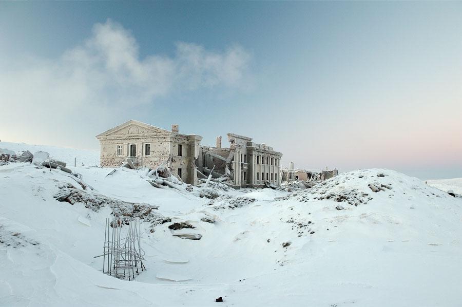 Norilsk landscape devasted house