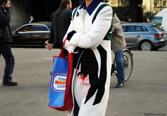 coat-prada-chanel-shopping-center-bag-street-style