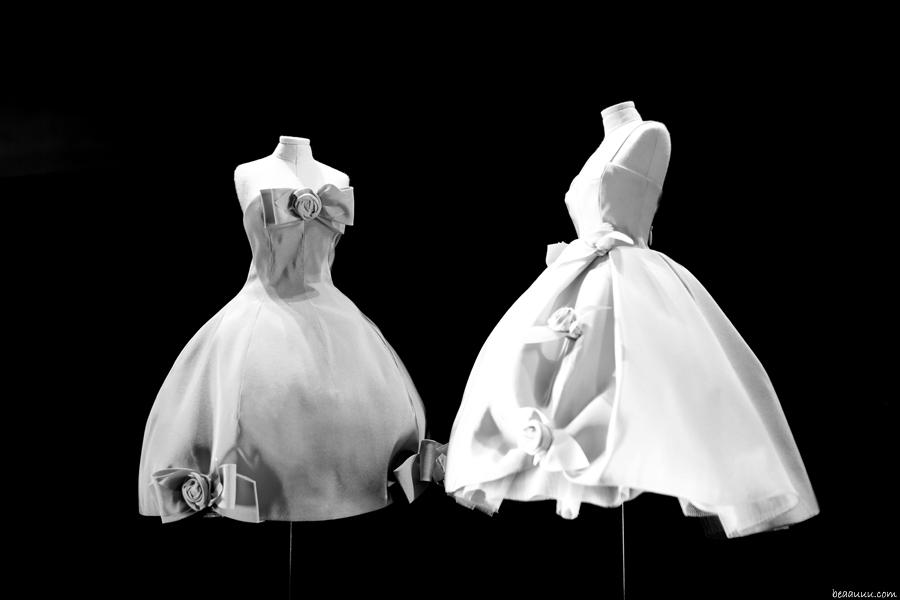 biennale-des-antiquaires-2014-dior-haute-couture-dresses