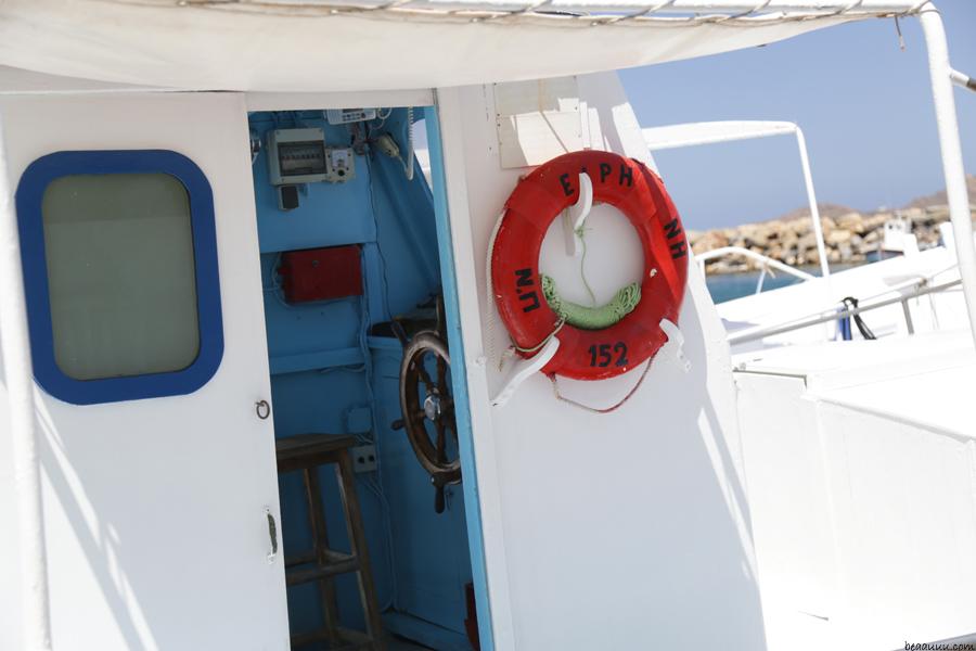 paros-naoussa-bateau-de-peche