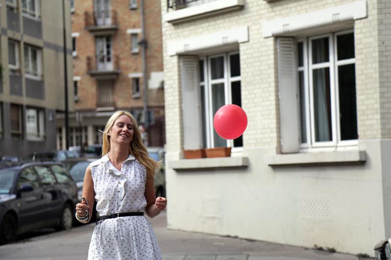 pink-balloon-and-grand-ma-dress-01