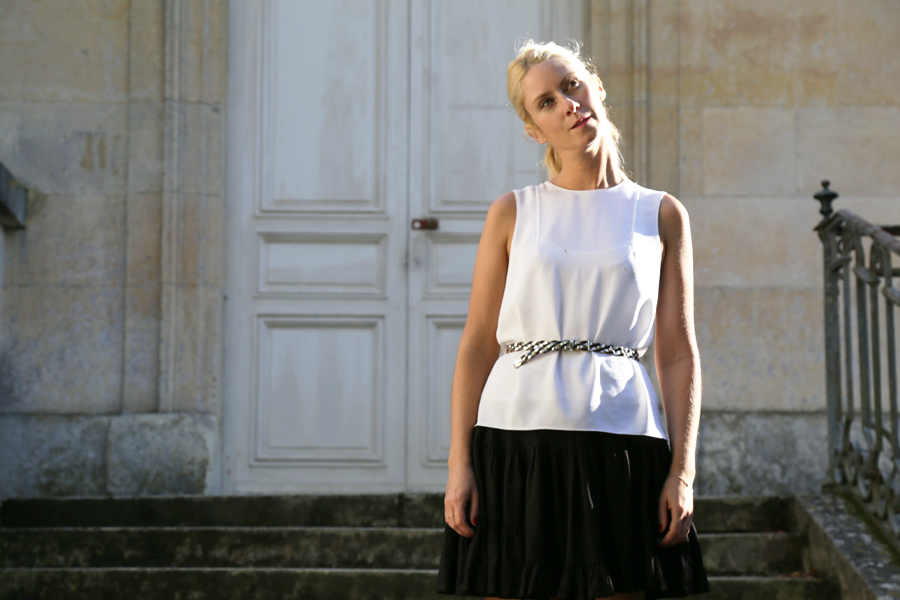 white-top-zara-black-vintage-skirt-look