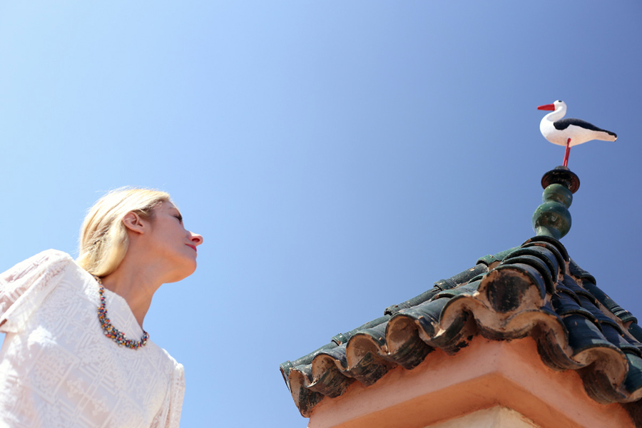 blue-sky-and-white-dress