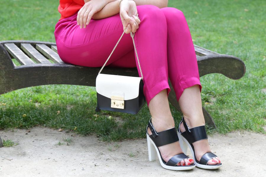 sac-et-sandales-blanc-et-noir
