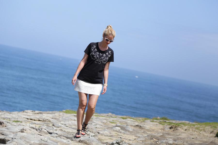 t-shirt vintage jupe blanche