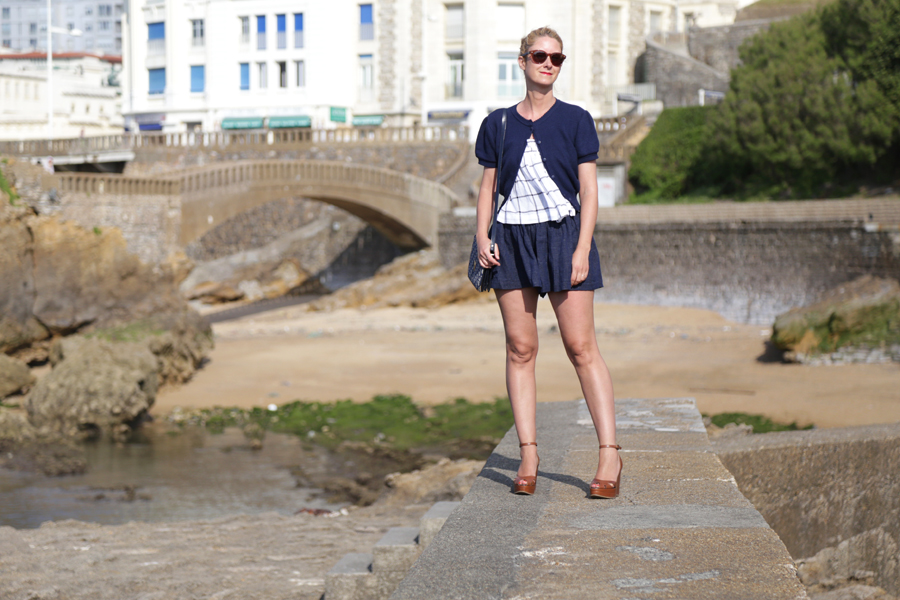 navy-bloomer-outfit
