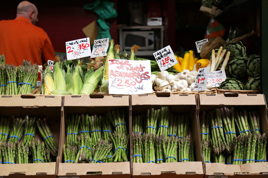 vegetables-shop-borough-market-london