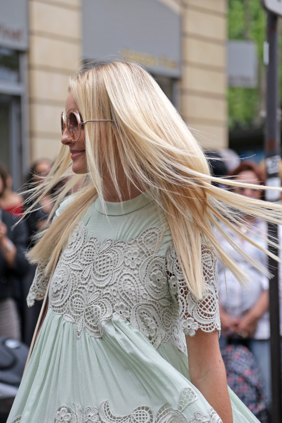 light-green-embrodery-dress-and-chloé-sunglasses