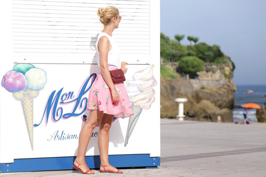look-été-blanc-et-rose