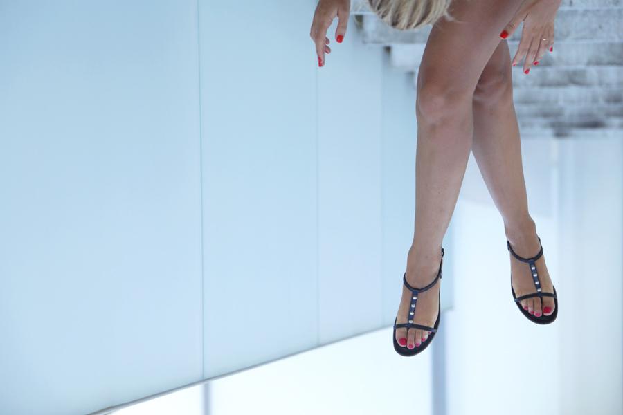 sandals-tods-happy-hour
