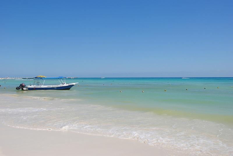 isla-mujeres-beach-mexico