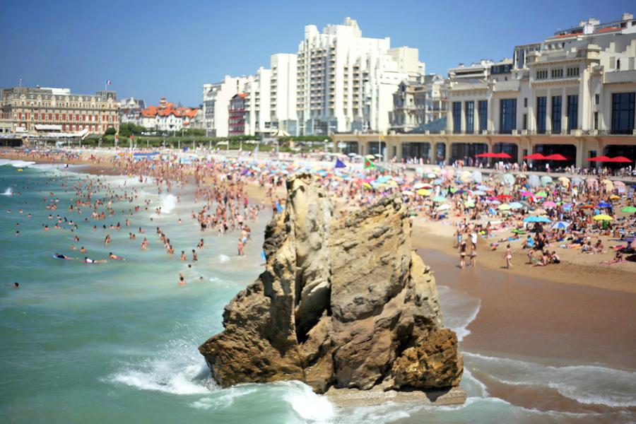 la-grande-plage-biarritz