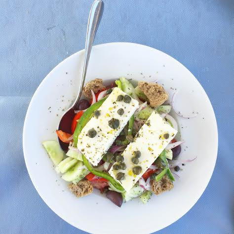 greek salad with caper
