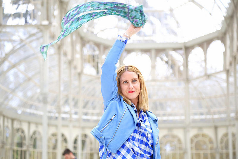 perfecto-zara-bleu-et-chemise-a-carreaux-en-lurex