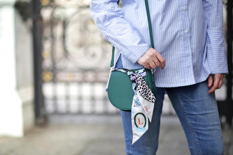 petit sac vert et foulard misia dior