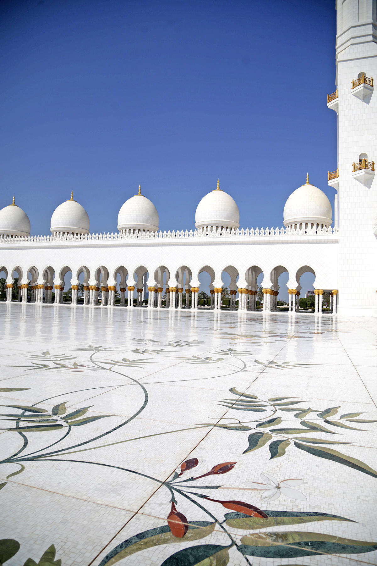 mosquée Cheikh Zayed Abu Dhabi marble floor