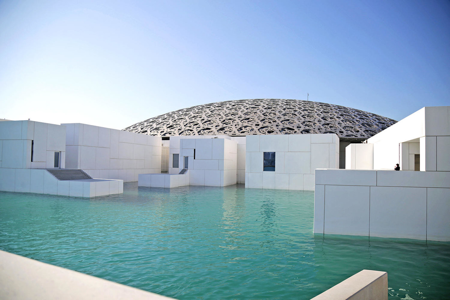 Abu Dhabi Louvres Museum architecture Jean Nouvel