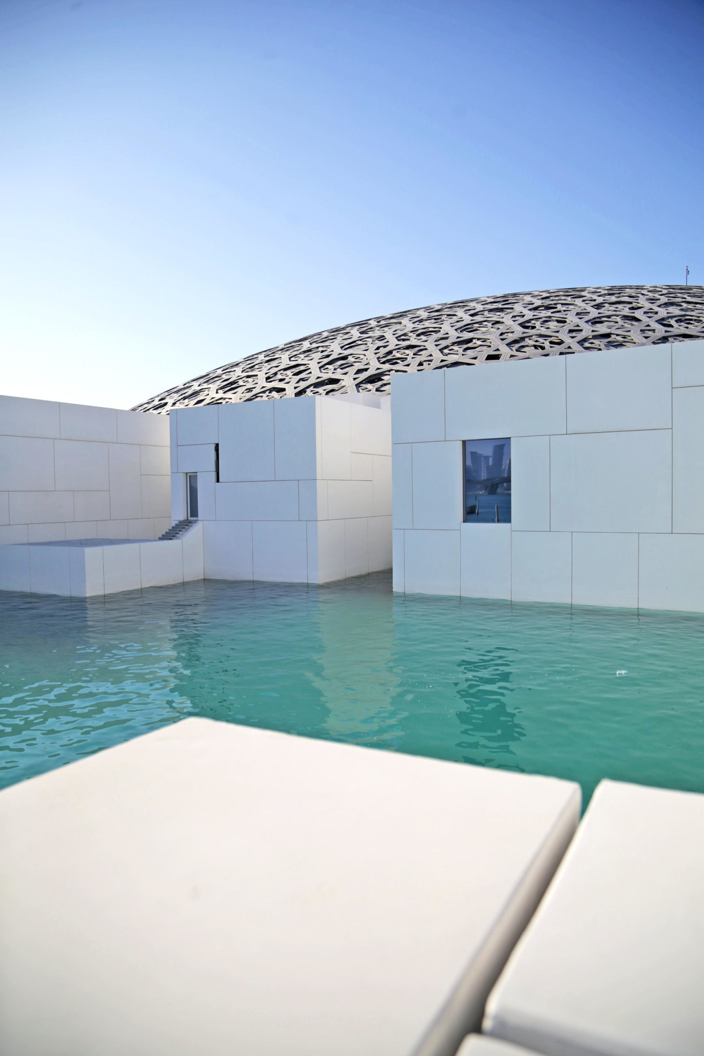 Abu Dhabi Louvres Museum architecture