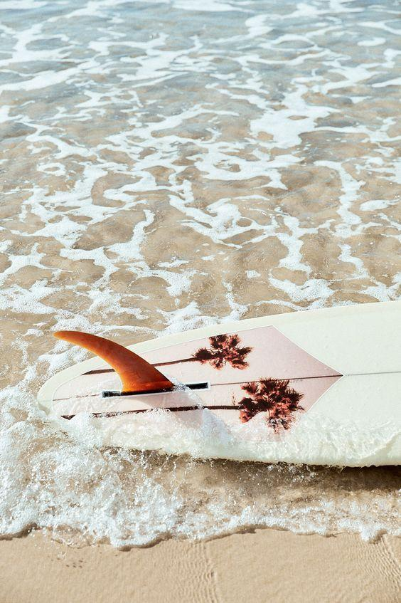 Pinterest Inspiration-surf board details decoration