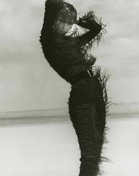 christy-turlington-br-versace-el-mirage-1990-br-herb-ritts-photography-foundation-courtesy-of-fahey-klein-gallery-la-herb-ritts