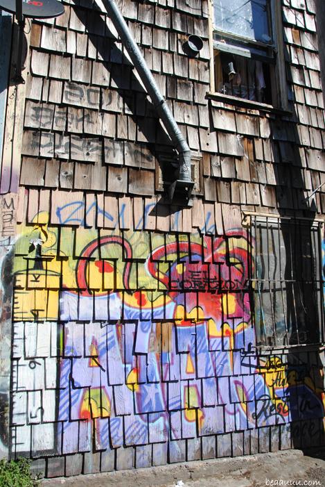 graffiti-mission-district-san-francisco-california-usa-010b