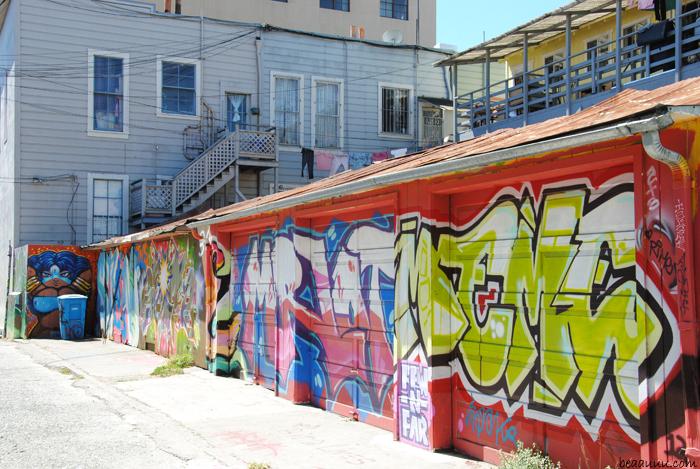 graffiti-mission-district-san-francisco-california-usa-018b