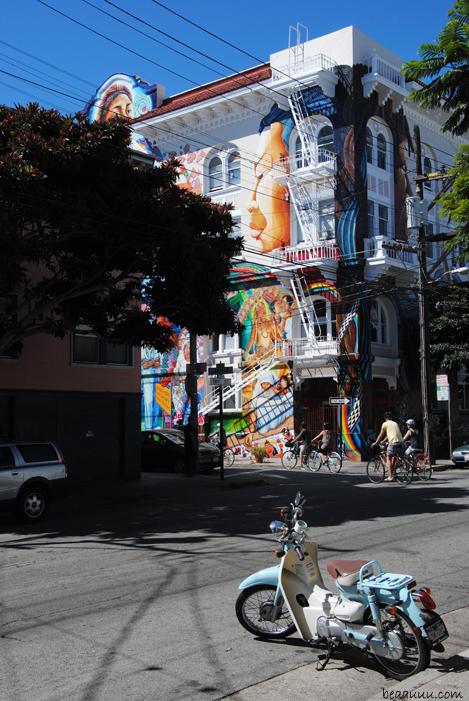graffiti-mission-district-women-house-san-francisco-california-usa-02