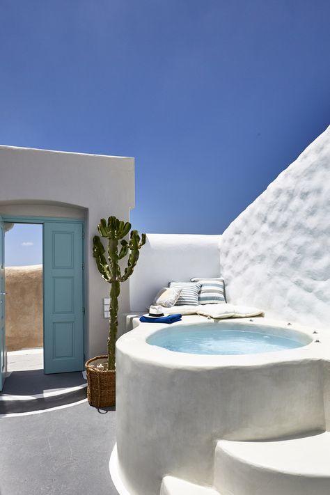 Greek design outdoor bathtub inspiration